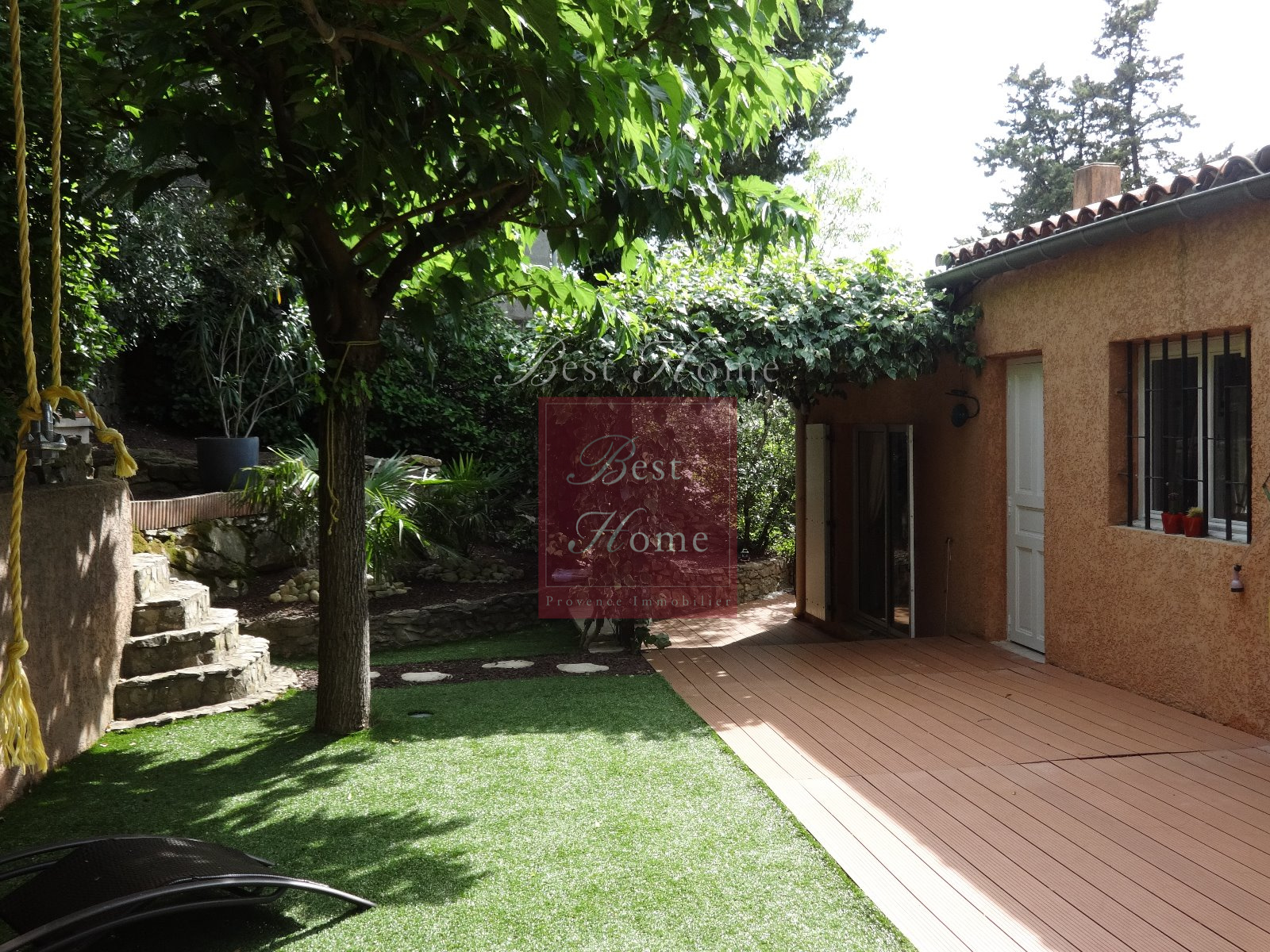 Vente nouveaut vente agr able maison quartier sophoras nimes avec son jardin intime plein - Maison jardin menu nimes ...